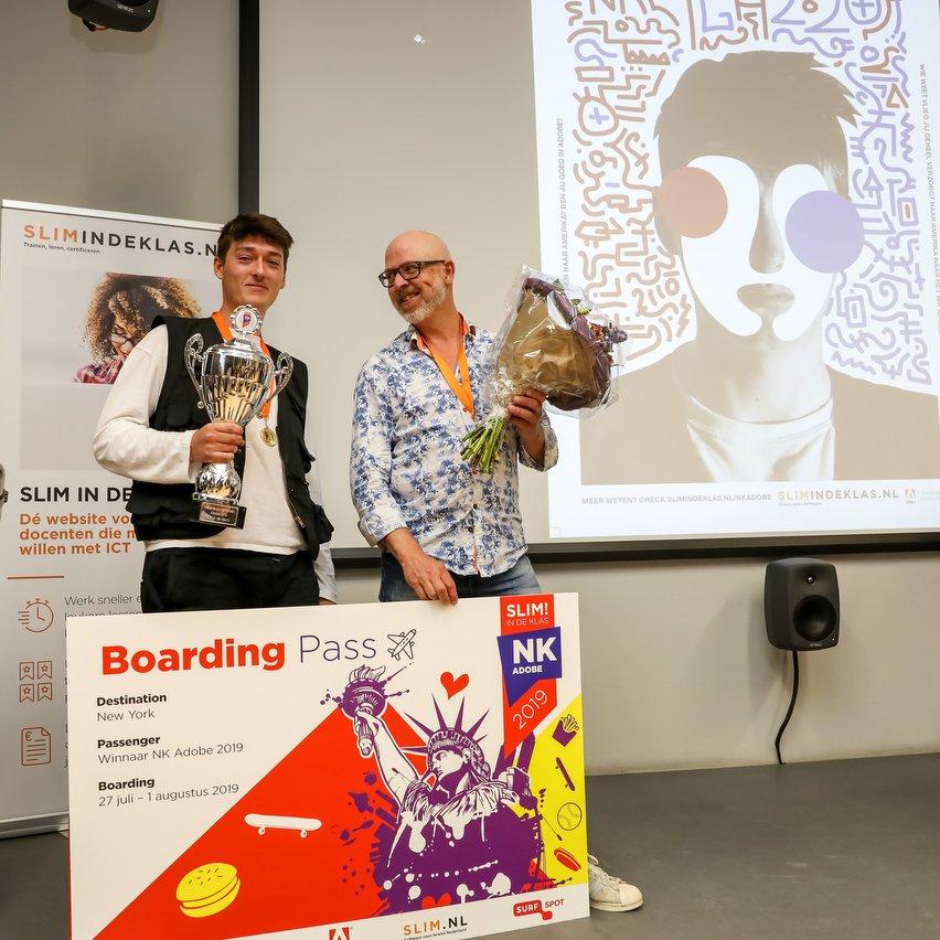 Winnaar Stijn met docent Ronald den Bekker