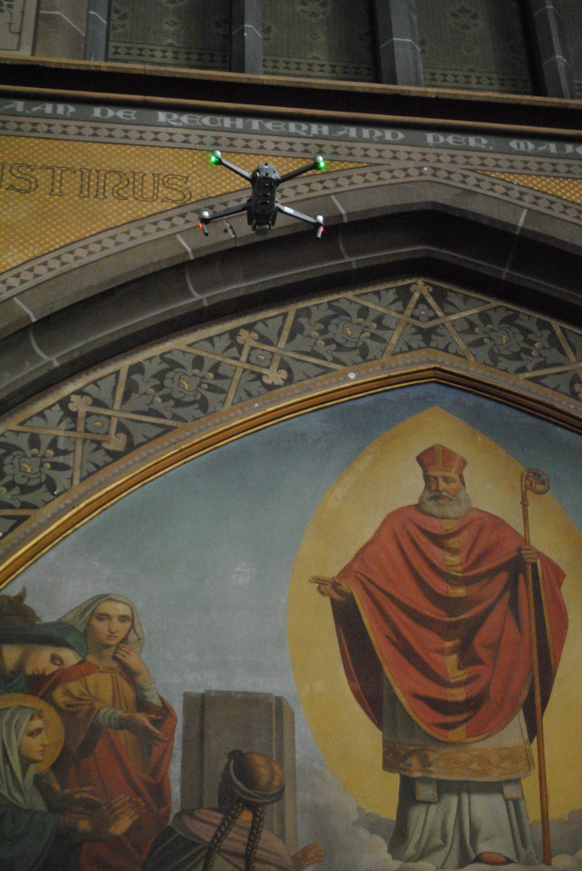 Drones in de Lambertuskerk